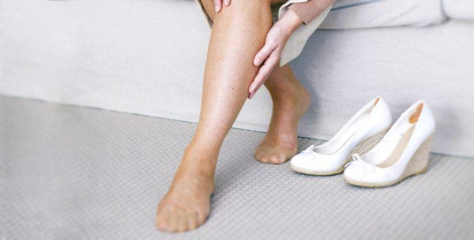 jambes très gonflées et dures