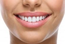 Trois astuces pour des dents saines et blanches